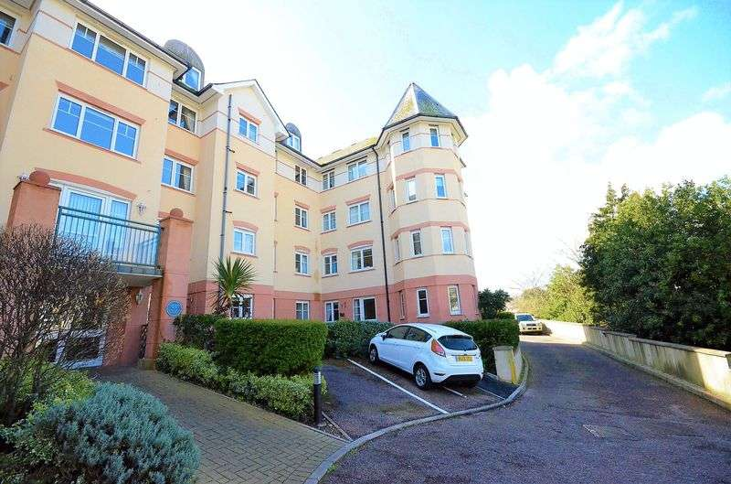 2 Bedrooms Flat for sale in NEW ROAD BRIXHAM