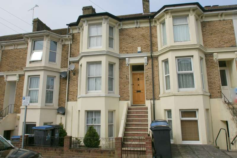 4 Bedrooms Town House for sale in Albert Road, Dover, CT16