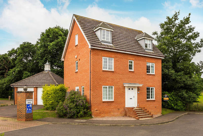 5 Bedrooms Detached House for sale in St. Johns Way, Edenbridge, TN8