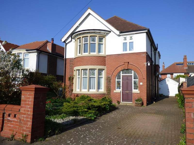4 Bedrooms Detached House for sale in Eddington Road, Fairhaven