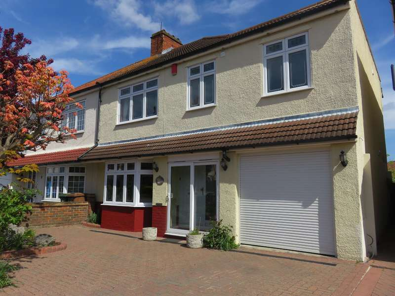 4 Bedrooms Semi Detached House for sale in Danson Crescent, Welling, Kent, DA16 2AR