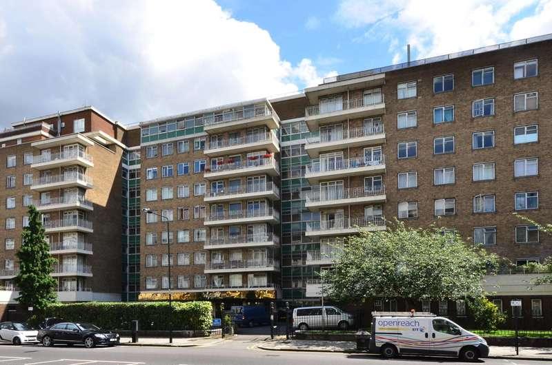 2 Bedrooms Flat for sale in Queens Gate Gardens, South Kensington, SW7