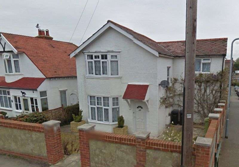 3 Bedrooms Detached House for sale in Barrack Road, Bexhill-On-Sea