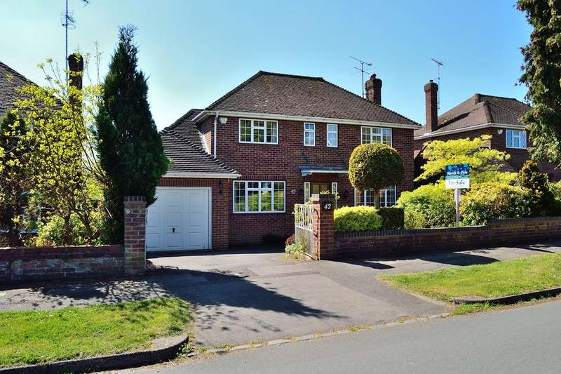 3 Bedrooms Detached House for sale in Hartsbourne Road, Earley, Reading, Berkshire, RG6 5PY