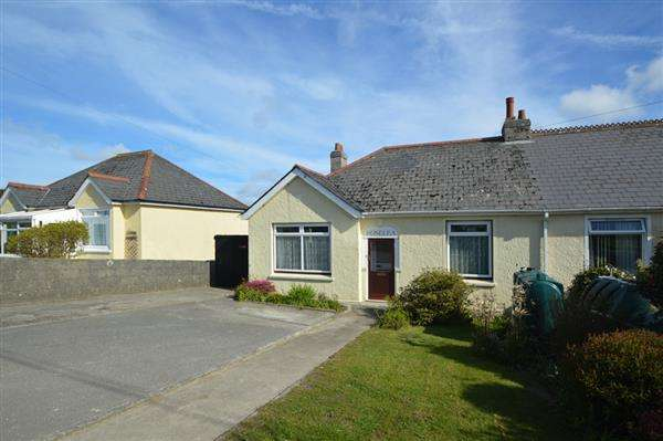 2 Bedrooms Bungalow for sale in HERNISS, NR. LONGDOWNS