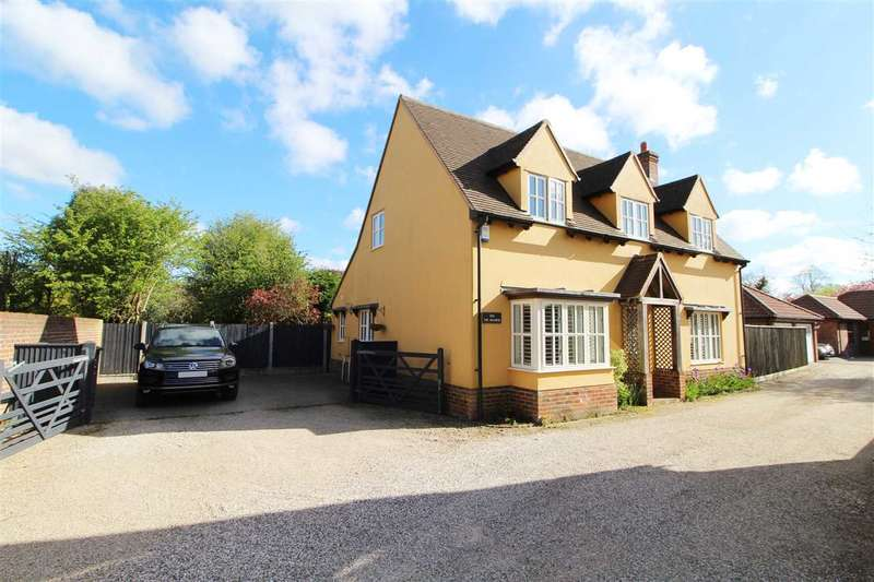 4 Bedrooms Detached House for sale in The Waldens, Lexden Road, West Bergholt, Colchester