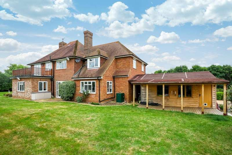 4 Bedrooms Detached House for sale in West Flexford Lane, Wanborough, Guildford, Surrey