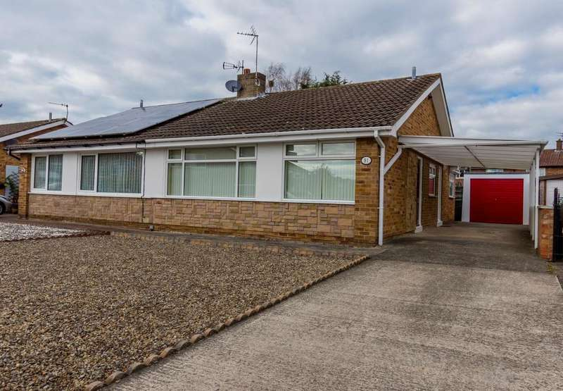 2 Bedrooms Semi Detached Bungalow for sale in Tedder Road, YORK
