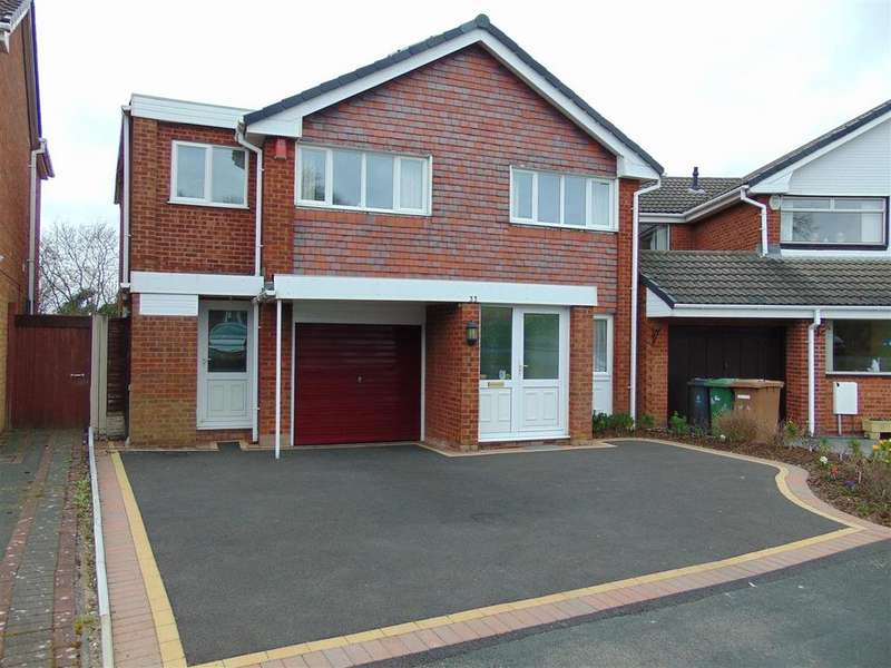5 Bedrooms Detached House for sale in St. Ives Road, Park Hall, Walsall