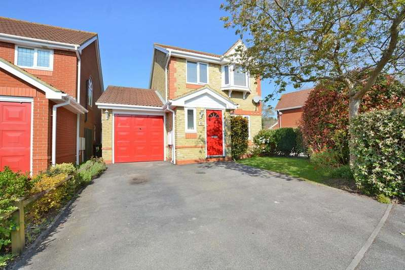 3 Bedrooms Detached House for sale in Shires Mead, VERWOOD