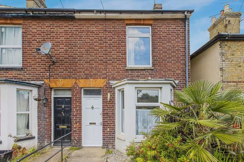 3 Bedrooms Property for sale in Mayers Road, Walmer, Deal, CT14