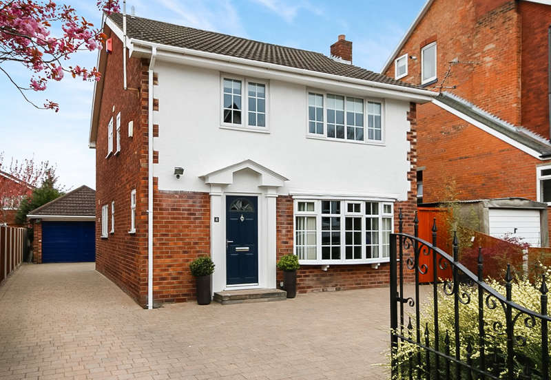 4 Bedrooms Detached House for sale in Stanley Avenue, Birkdale, Southport