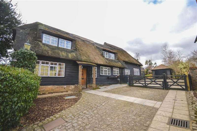 4 Bedrooms Detached House for sale in Green End, Braughing, Nr Ware, Hertfordshire, SG11