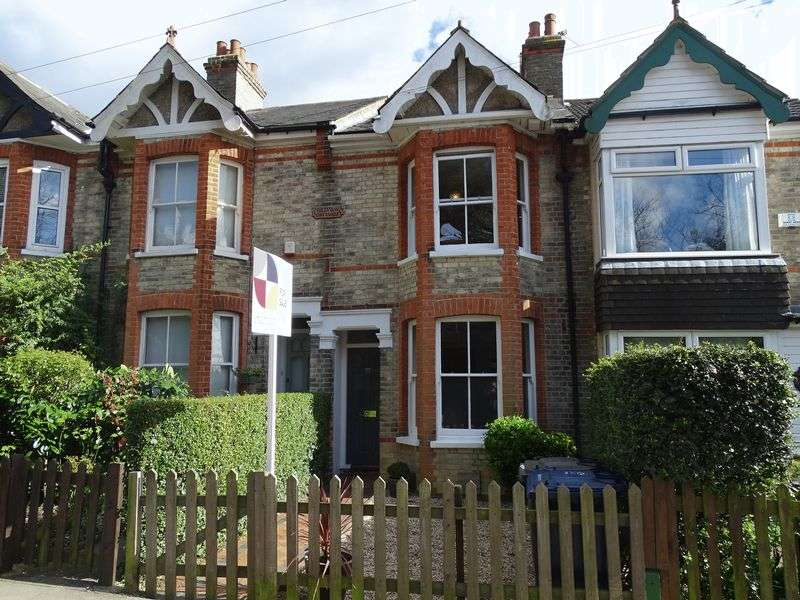 3 Bedrooms Terraced House for sale in Bells Hill, Barnet