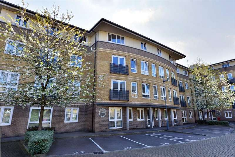 1 Bedroom Flat for sale in Crowngate House, Hereford Road, London, E3
