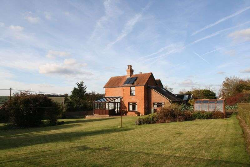 4 Bedrooms Detached House for sale in Soberton - Meon Valley