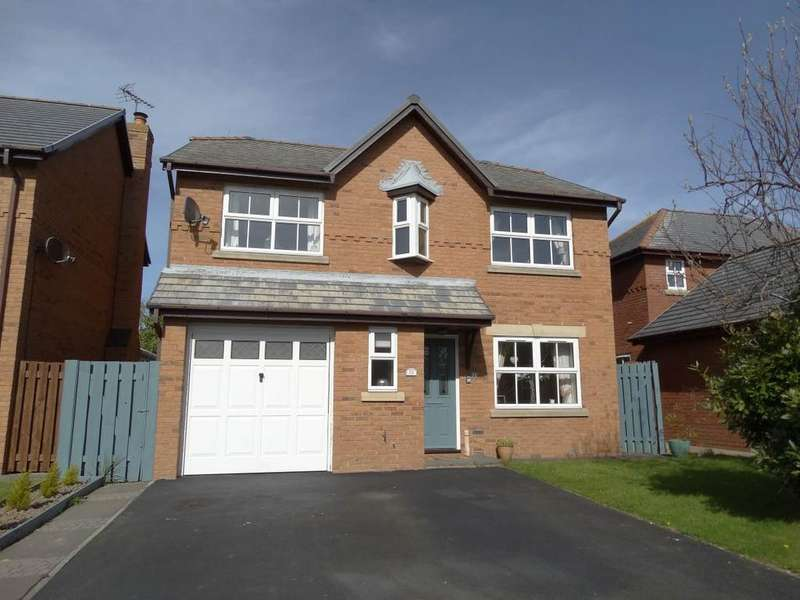 4 Bedrooms Detached House for sale in 22 The Cloisters, Rhos on Sea, LL28 4PW