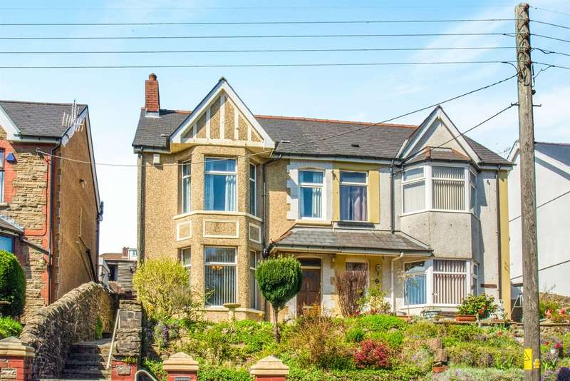3 Bedrooms Semi Detached House for sale in Park Road, Hengoed