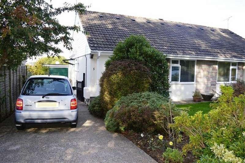 3 Bedrooms Chalet House for sale in Badbury View, Wimborne, Dorset