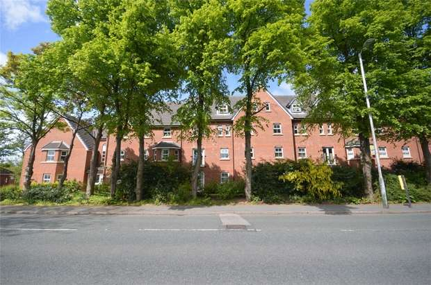 2 Bedrooms Flat for rent in Bethany Court, Spital, Merseyside
