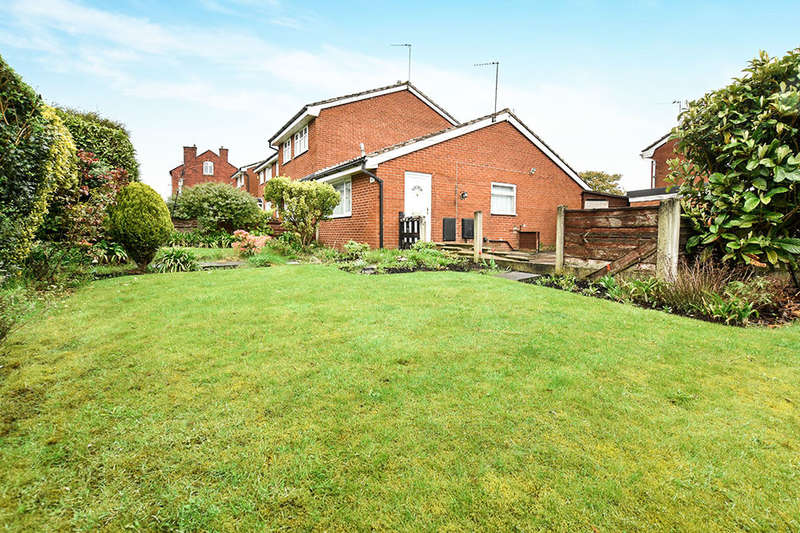 1 Bedroom Semi Detached Bungalow for sale in Ainsworth Road, Radcliffe, Manchester, M26