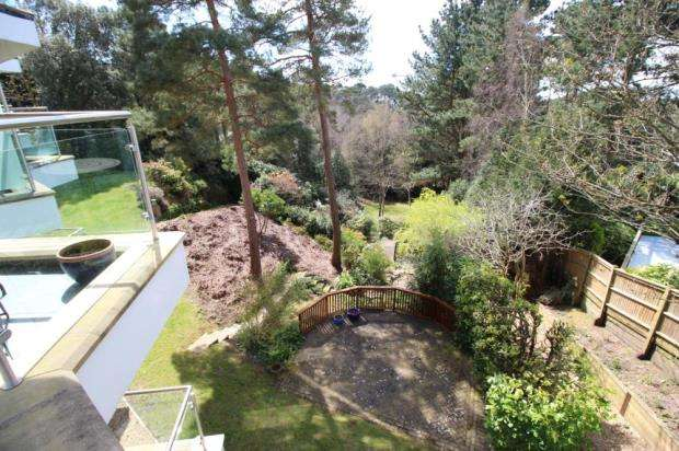 3 Bedrooms Flat for sale in Canford Cliffs, Poole, Dorset, BH13