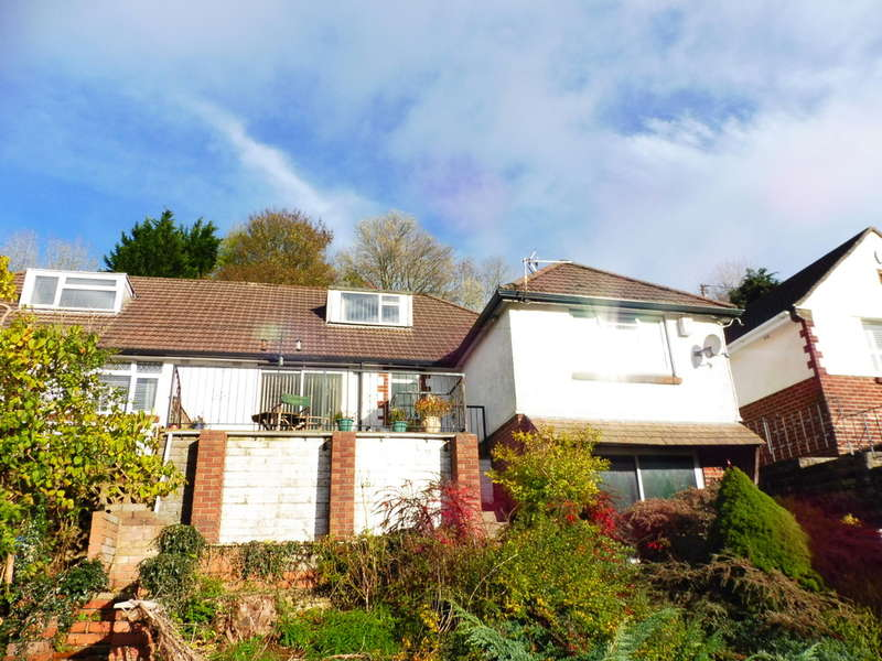 3 Bedrooms Semi Detached House for sale in Leigh Road, Pontypool, Pontypool