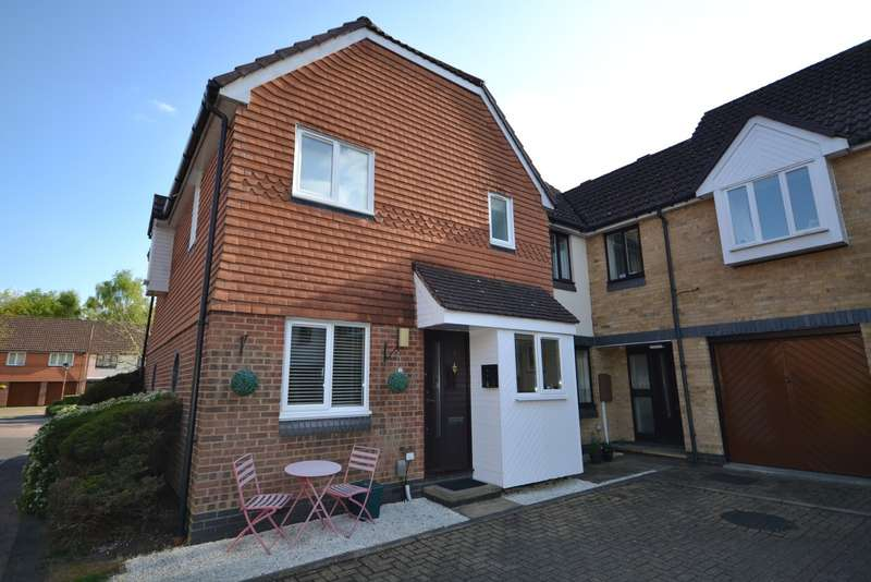 1 Bedroom End Of Terrace House for sale in Woking