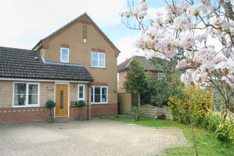 3 Bedrooms Detached House for sale in Snowdrop Drive, NR17 2PP, Attleborough, Norfolk