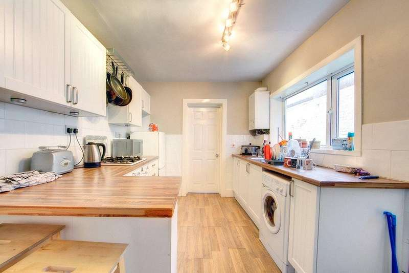1 Bedroom Apartment Flat for sale in Laburnum Avenue, Wallsend, NE28