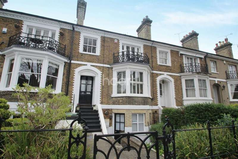 4 Bedrooms Maisonette Flat for sale in Cambridge Road