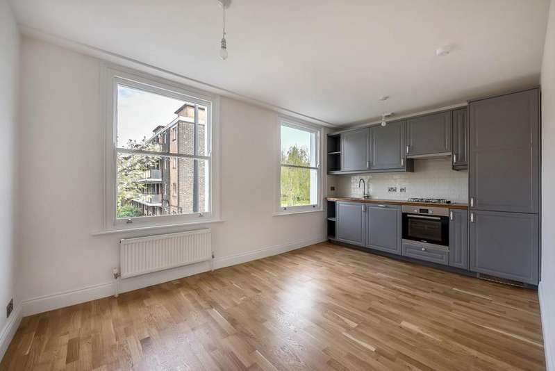 4 Bedrooms House for sale in LATCHMERE ROAD, SW11