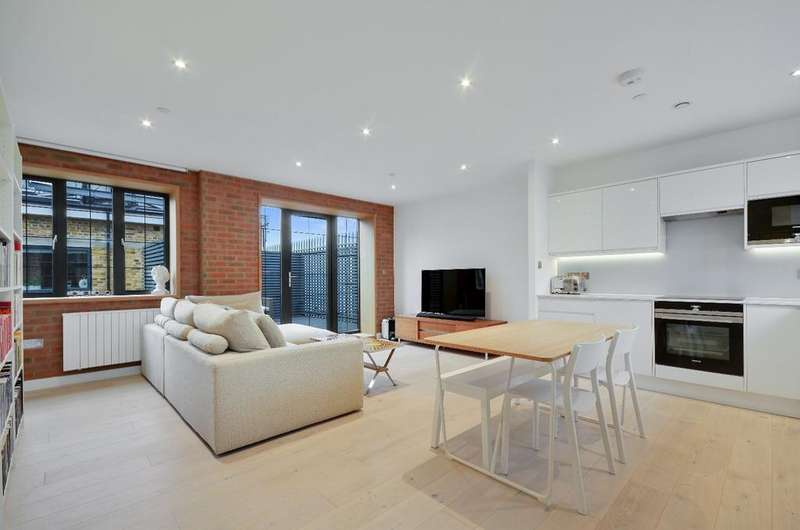 2 Bedrooms Flat for sale in St. James's Road Bermondsey SE1