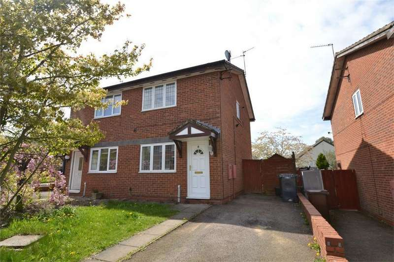 2 Bedrooms Semi Detached House for sale in Ridding Close, Corby, Northamptonshire