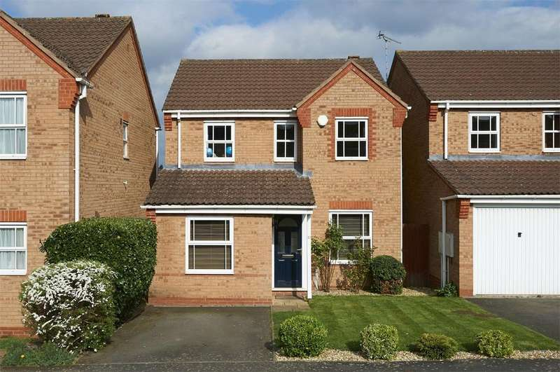 3 Bedrooms Detached House for sale in Woodbreach Drive, Market Harborough, Leicestershire