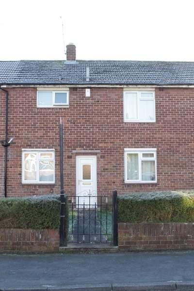 3 Bedrooms Terraced House for sale in Aran Road, Wrexham, Wrexham, LL12