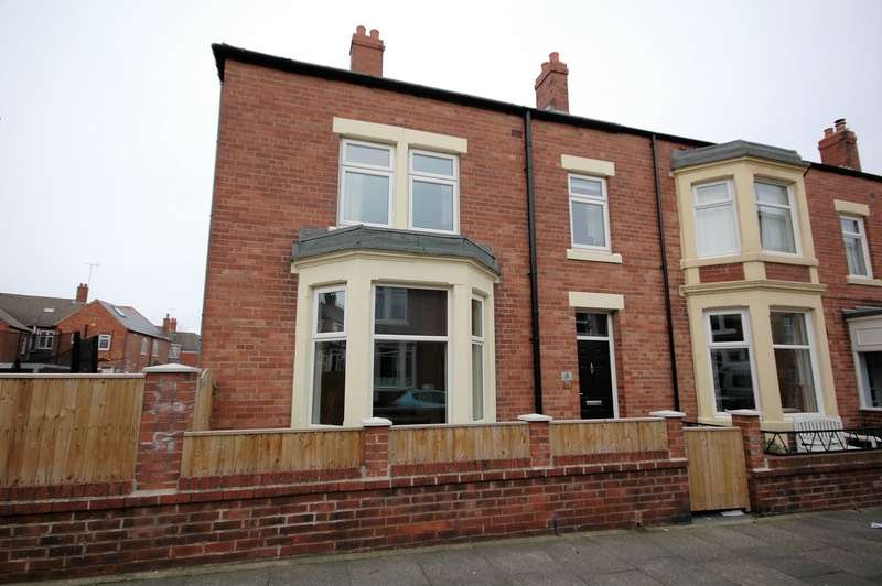 4 Bedrooms Terraced House for sale in Ocean View, Whitley Bay, Tyne and Wear, NE26