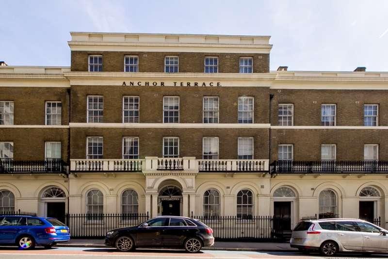 3 Bedrooms Flat for sale in Southwark Bridge Road, London, London, SE1