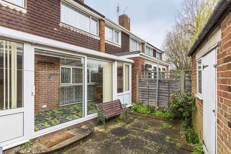 3 Bedrooms End Of Terrace House for sale in Albert Road, Portsmouth, Hampshire, PO6