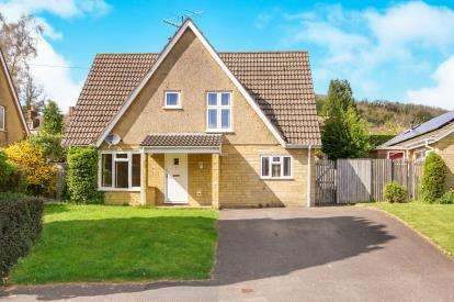 3 Bedrooms Detached House for sale in Court Garden, Uley, Dursley, Gloucestershire
