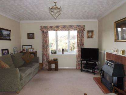 5 Bedrooms Detached House for sale in Attleborough, Norfolk