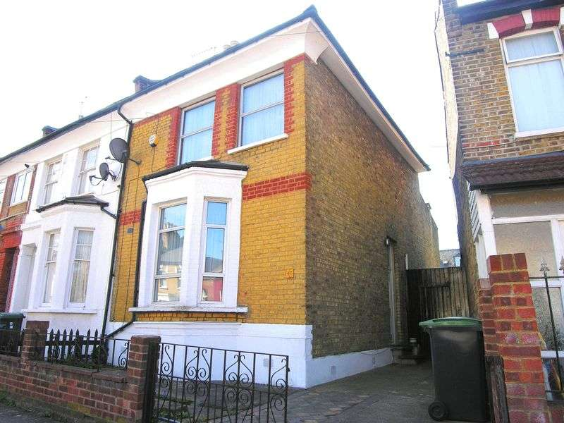 3 Bedrooms Terraced House for sale in Bowes Park, N22