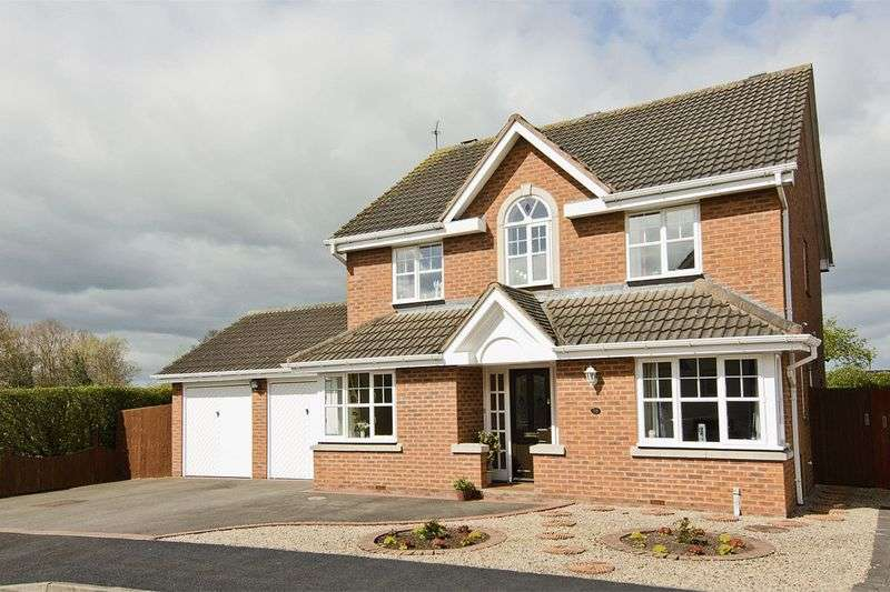 4 Bedrooms Detached House for sale in Birchcroft, Coven, Wolverhampton