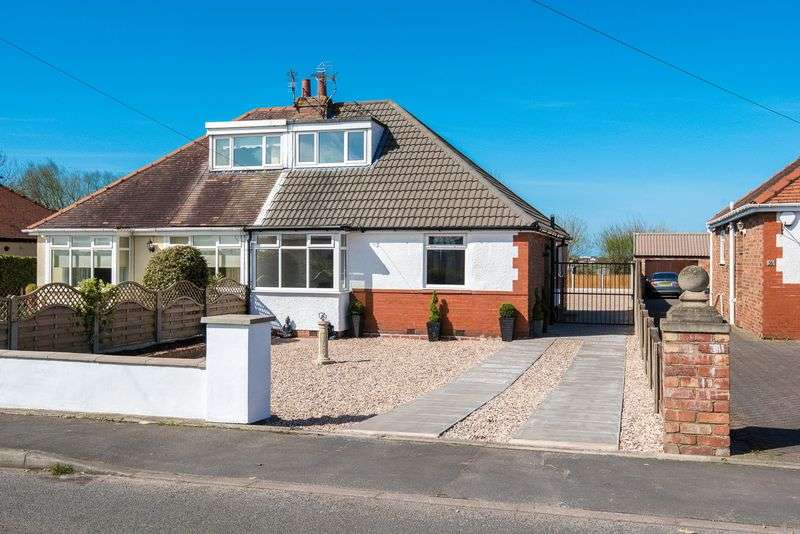 3 Bedrooms Bungalow for sale in Turning Lane, Scarisbrick