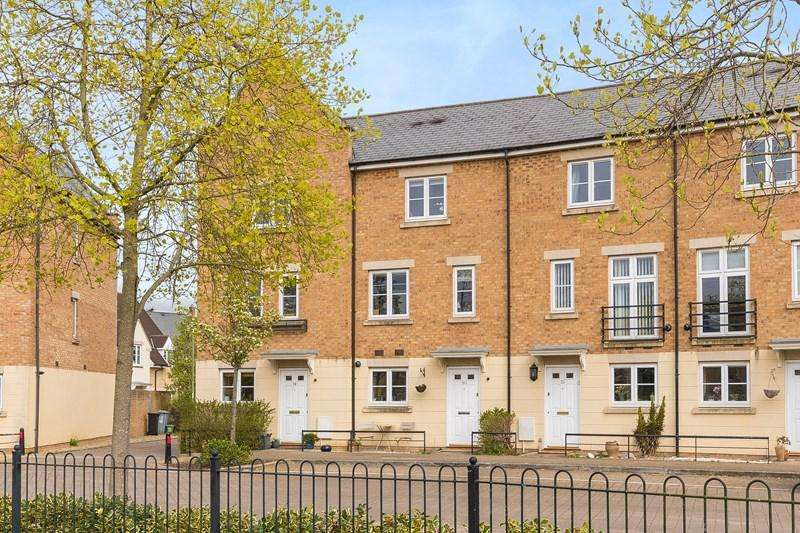 3 Bedrooms Town House for sale in Parkers Circus, Chipping Norton
