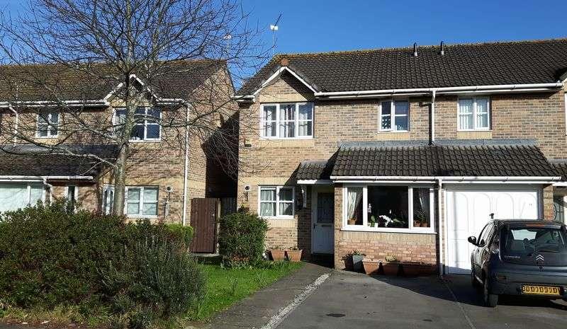 3 Bedrooms Semi Detached House for sale in Llandinam Crescent, Llandaff North