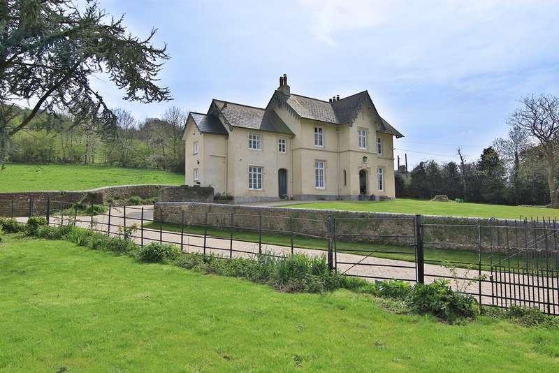 5 Bedrooms Detached House for sale in Bulmore Road, Caerleon, Newport