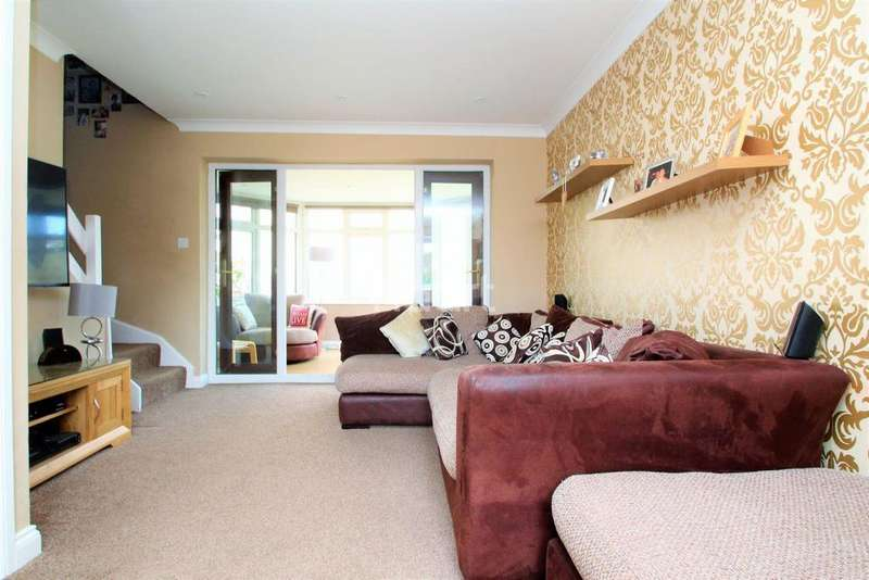 4 Bedrooms Detached House for sale in Pennyroyal Crescent, Witham, CM8