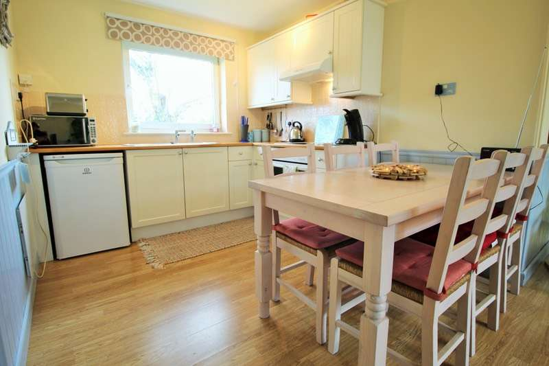 2 Bedrooms Bungalow for sale in gower holiday village, gower, swansea, Swansea, SA3