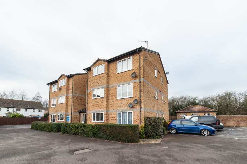 1 Bedroom Flat for sale in Kestrel Way, Bicester, Oxfordshire, OX26